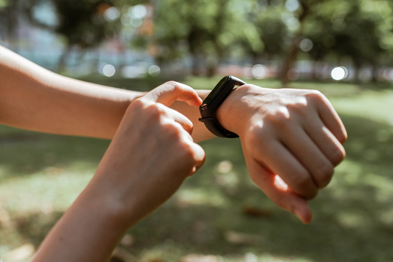 fitbit charge 4 vs 3